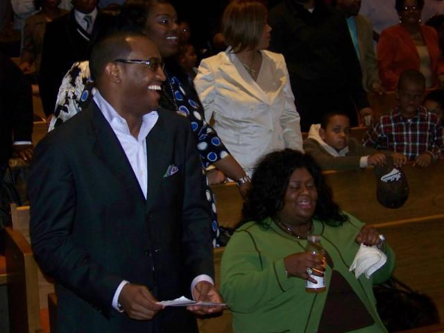 Jonathan Nelson and Kim burrell enjoy EOP