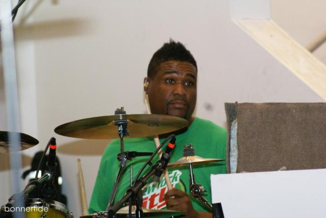 Big Mike Clemons handles the drums