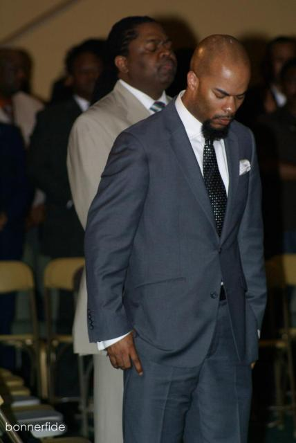 JJ Hairston & Stephen Hurd bow in prayer